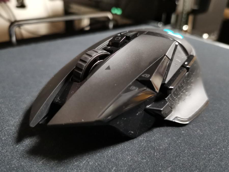 【レビュー記事】G502WL (ワイヤレスモデル) 軽量化と無線化でより使いやすくなった多ボタンゲーミングマウス!【ロジクール】