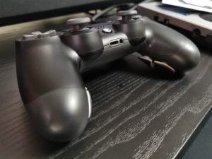 【レビュー記事】エビルコントローラー PS4純正モデルを改造して作られたFPS向けコントローラー!【EVIL】