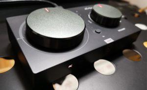 【レビュー記事】ASTROミックスアンプ(2019年新型) 旧型からの改善点やおすすめなイコライザー設定について!【MixAmp Pro TR】