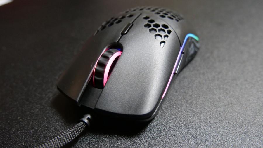 【レビュー】Glorious Model O 低価格で購入しやすい超軽量マウス!良かった点と悪かった点について!