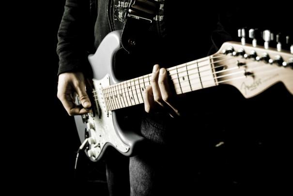 【ギター講座】高速ダウンピッキングのおすすめな練習方法!【ブリッジミュート】